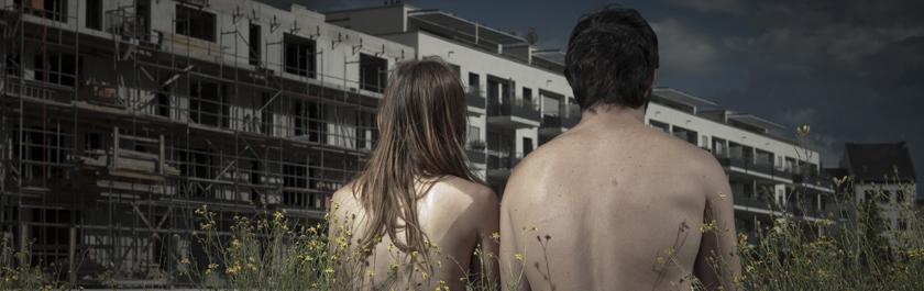 Nature Morte-MOUVOIR-2_bearbeitet Blick Häuser